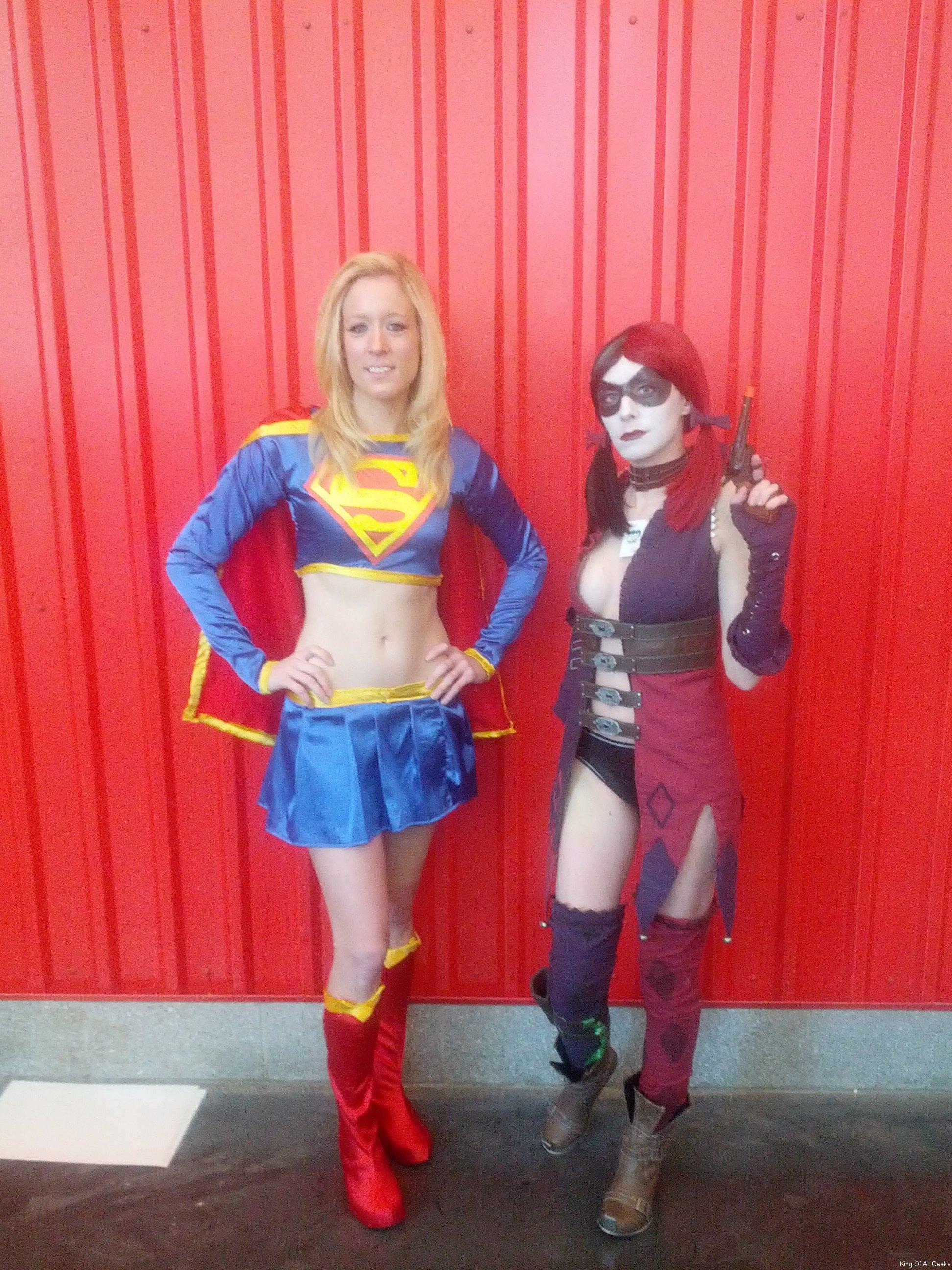 supergirl-harley-quinn-nycc-2012