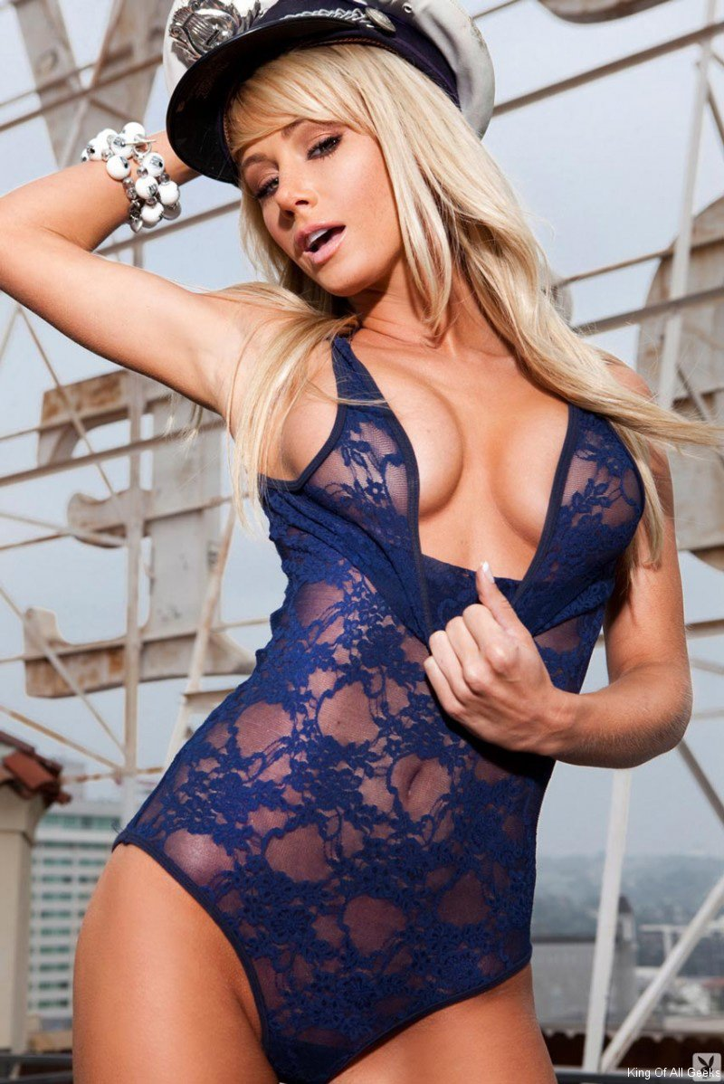 sara-jean-underwood-sexiest-halloween-cosplay-42 - King Of All Geeks