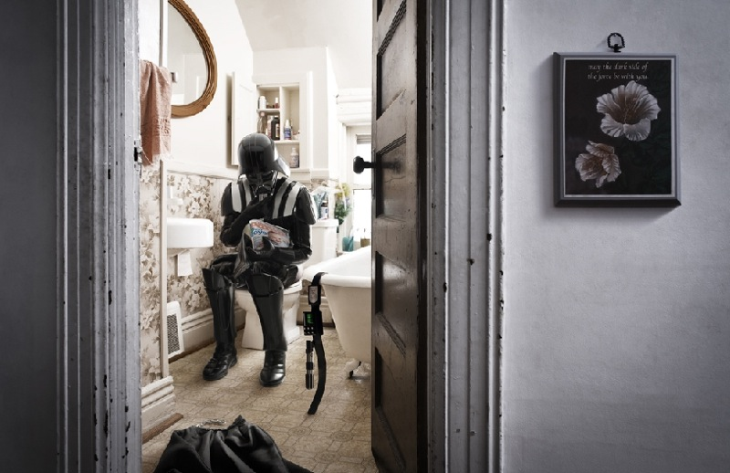darth-vader-caught-in-the-act