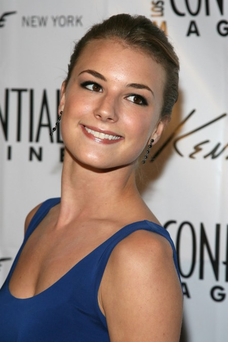 Emily VanCamp Captain America
