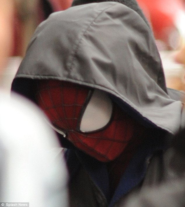13 Set Photos from 'The Amazing Spider-Man 2'