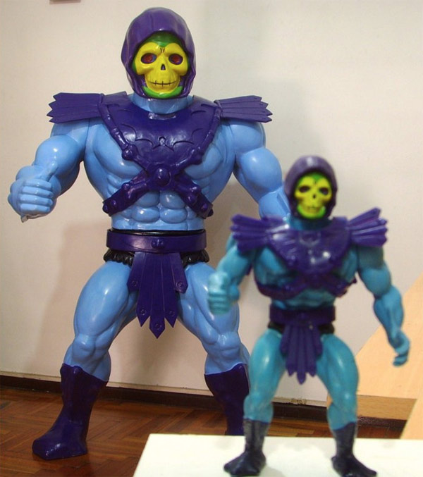 Giant Size Skeletor Action Figure